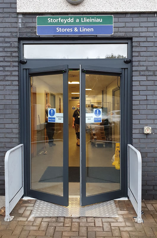 Automatic doors supply and installation