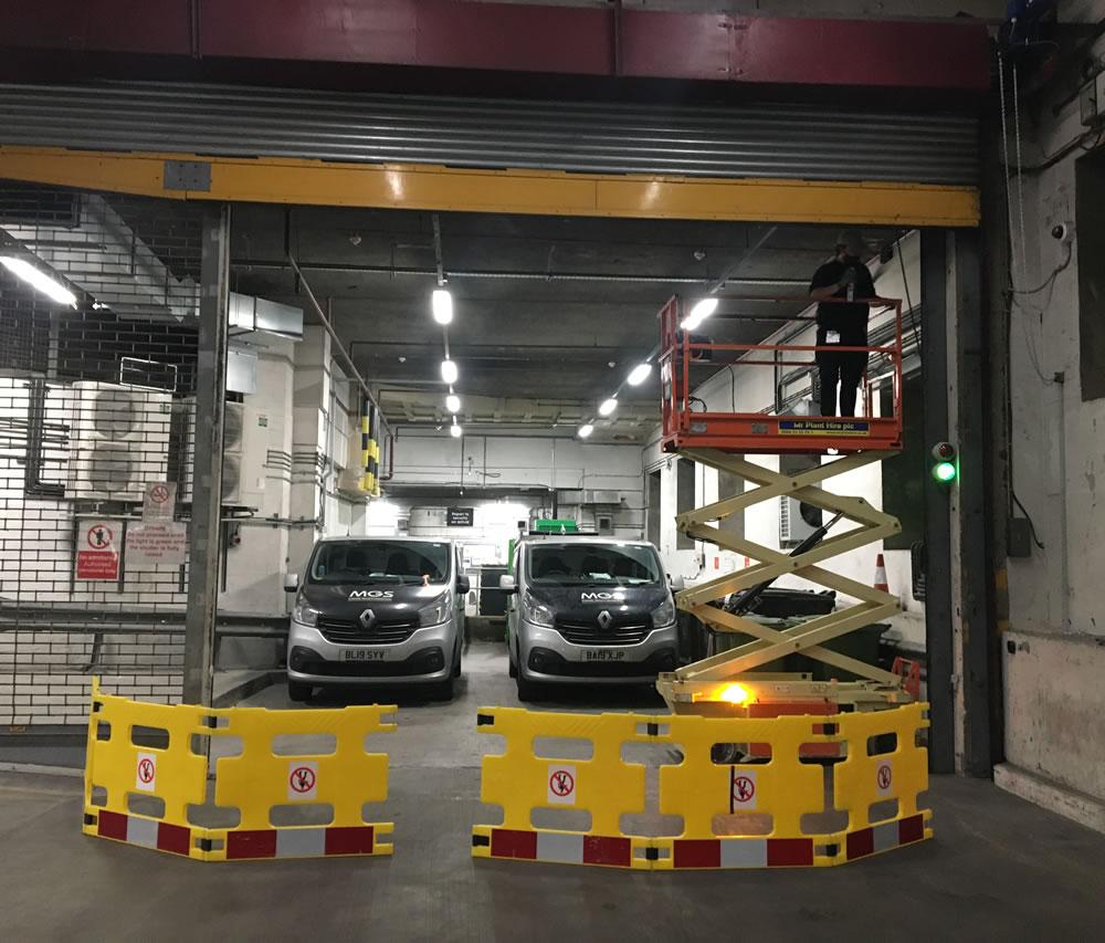 Commercial barrier gate emergency repair